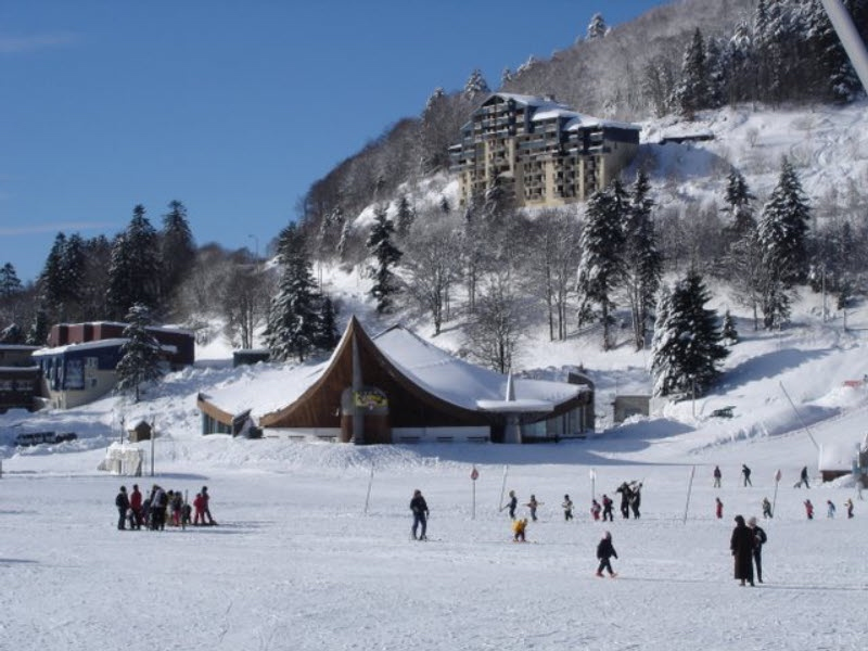 Le Lioran slopes and village