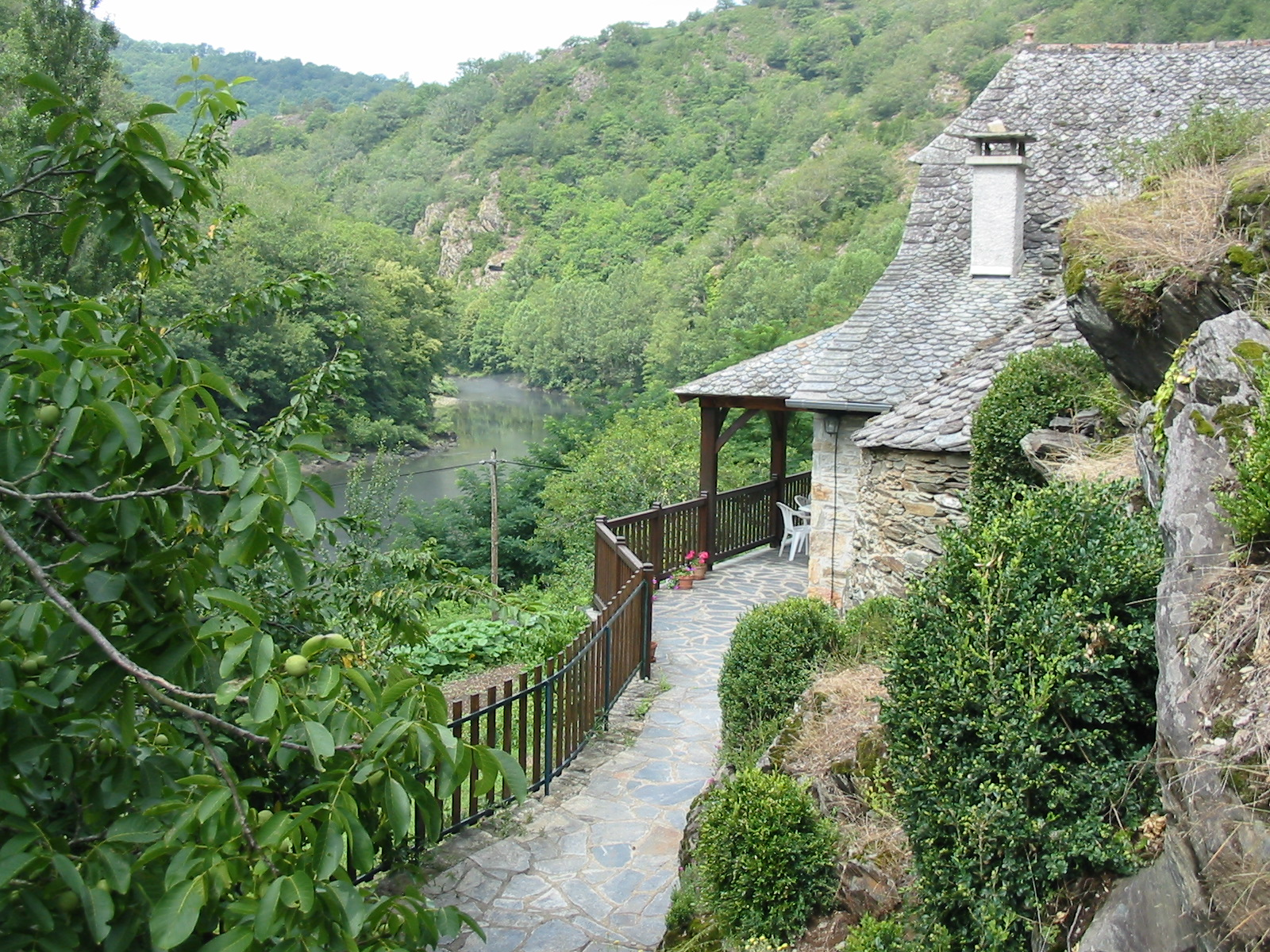 Le four french cottage holidays for French country cottages