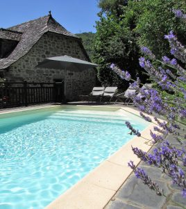 Isaguette pool and lavender